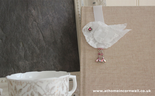 Scented shabby-chic style Bookmark