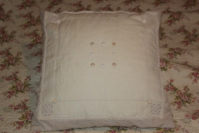 Old linen Cushion