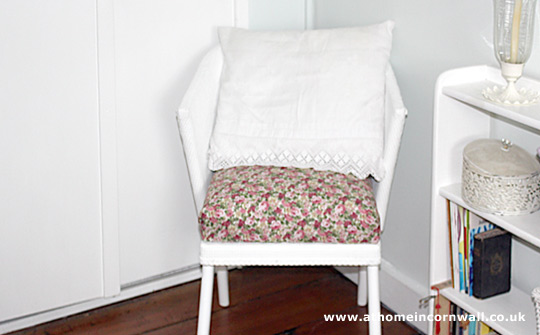 Lloyd loom chair shabby chic-