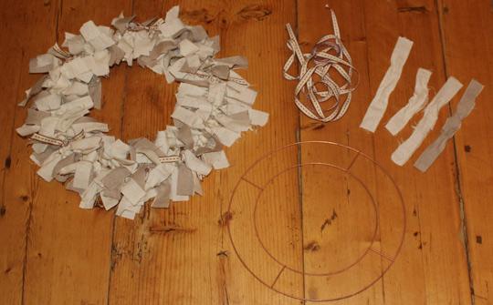 rag-wreath-shabby-chic-1