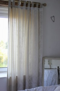 bedroom_curtains00069