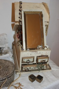 shabby chic jewellery box 00083