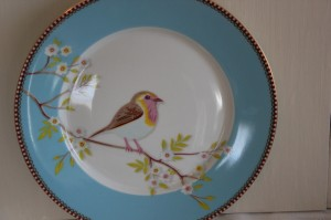 Shabby chic vintage plate bird 00511