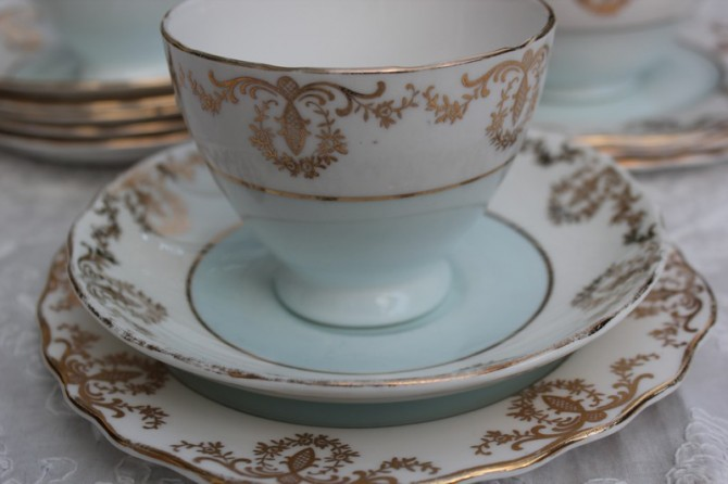 Old Tea Cups and a tea cup exchange – how could I resist?