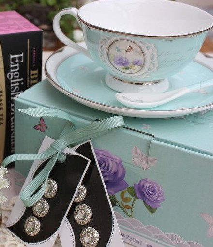 Tea cup exchange – I love it! Take a look at my goodies…