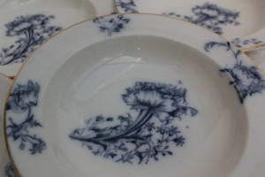 Vintage_blue_china