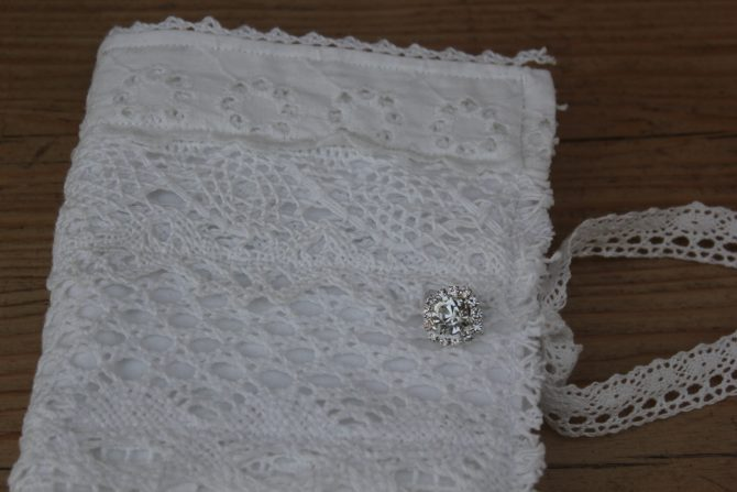 Lacey, shabby Notebook and Needlecase